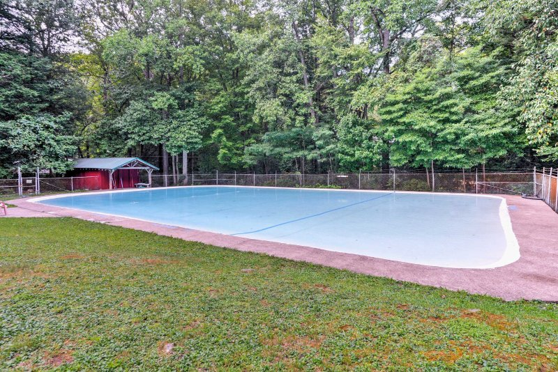 Enjoy access to the community Laurel Mountain Park Pool.