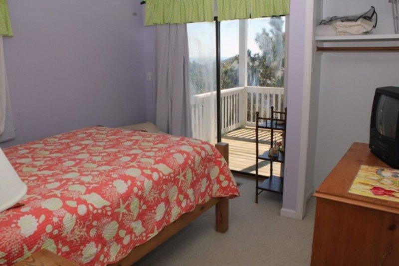 Bedroom 3, Full~ Middle Floor