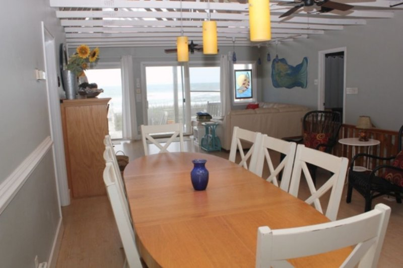 Dining with Oceanviews