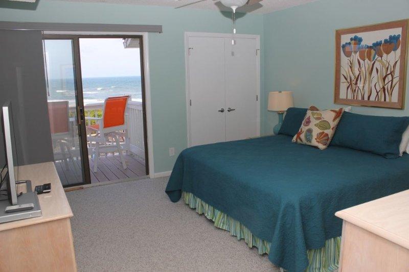 Master Bedroom King  Oceanviews!
