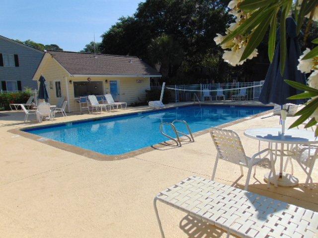back pool/baby pool too
