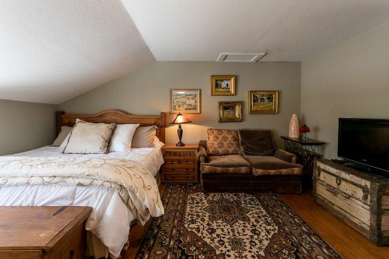 Gillespie House: West Suite, alquiler de vacaciones en Fredericksburg