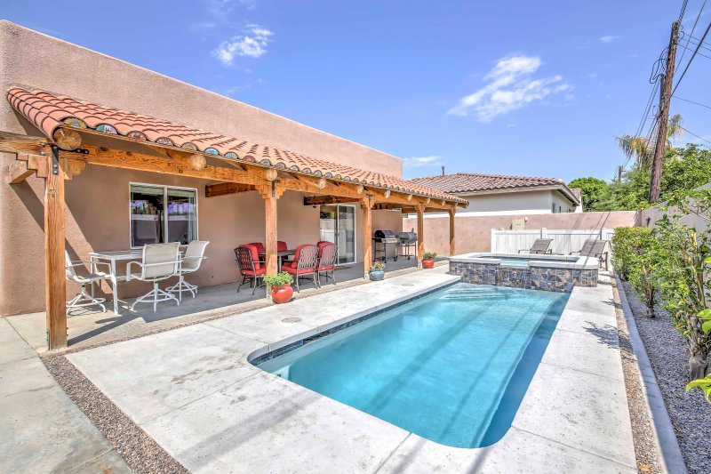 Stay at this 3-bed, 2-bath vacation rental house in La Quinta.