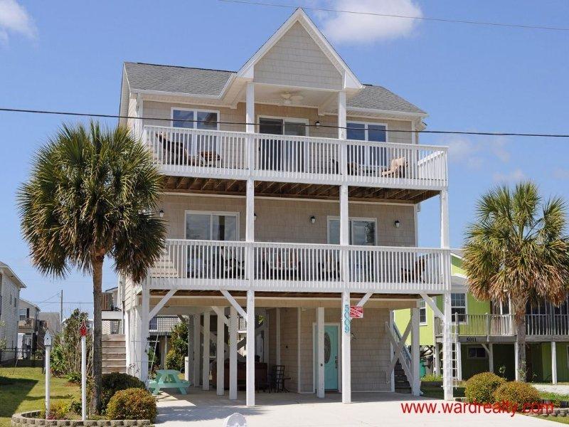 A Coastal Retreat Exterior