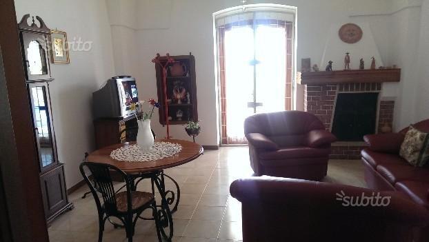 Villa  'Pigna Flores'. Tranquillita e relax in campagna, vacation rental in Brindisi
