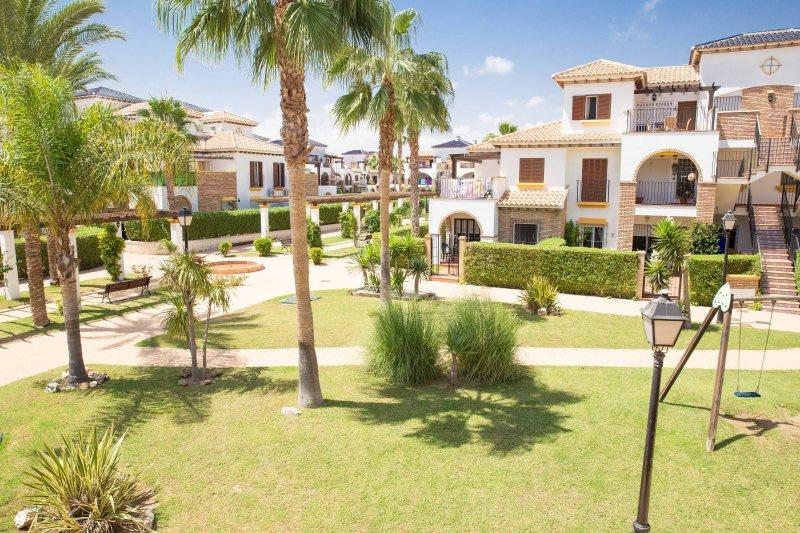 2 Bedroom Apartment, Vera Playa, vacation rental in Playas de Vera
