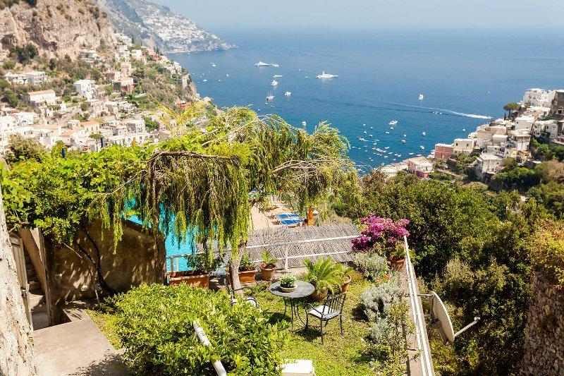 Casa Dorothea 1, holiday rental in Montepertuso