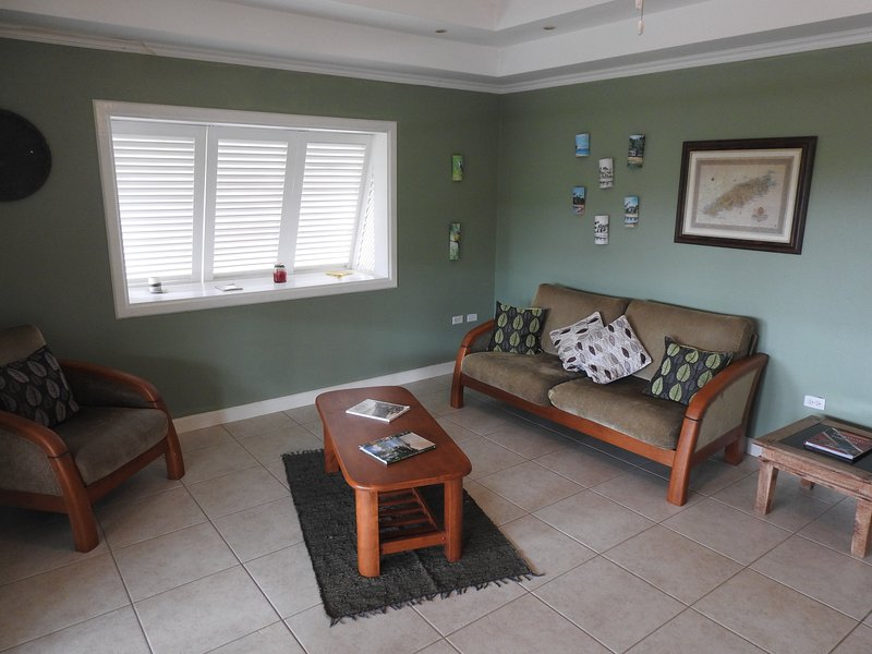 Other amenities include Wi-Fi, flat screen TV and full laundry facilities