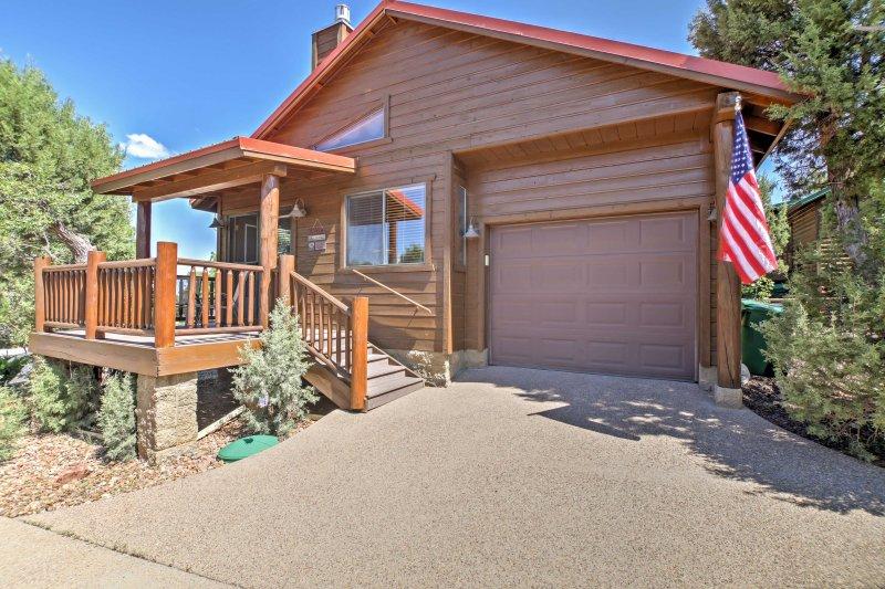 For the ultimate Arizona getaway, book this beautiful vacation rental cabin!