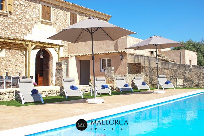 Villa Rústica-Piscina-BBQ-Sa Font Petra, location de vacances à Petra