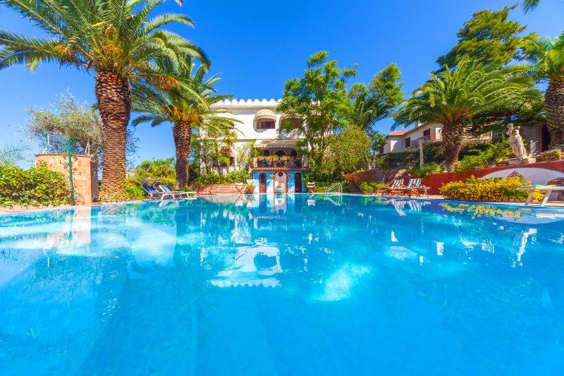 Villa Mamma Batu, holiday rental in Trappitello
