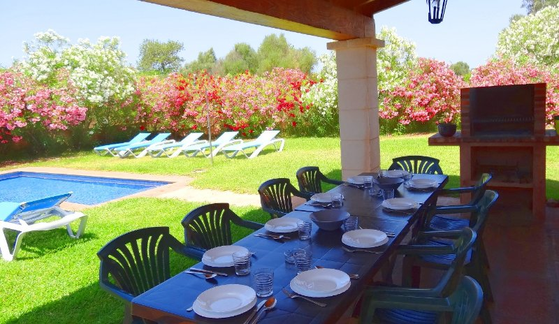 Son Mas, wifi free, private pool, vacation rental in Campos