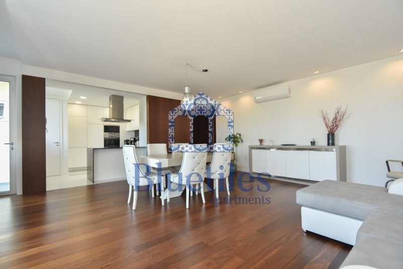 Luxury Apartment II | Living room