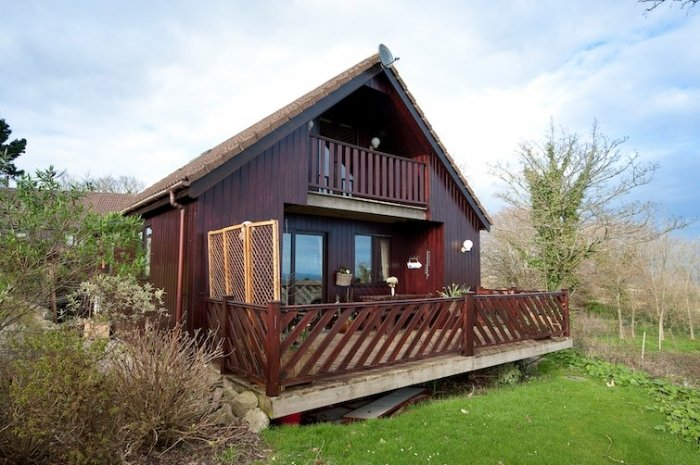 Seagreen Lodge, vacation rental in Trewithian