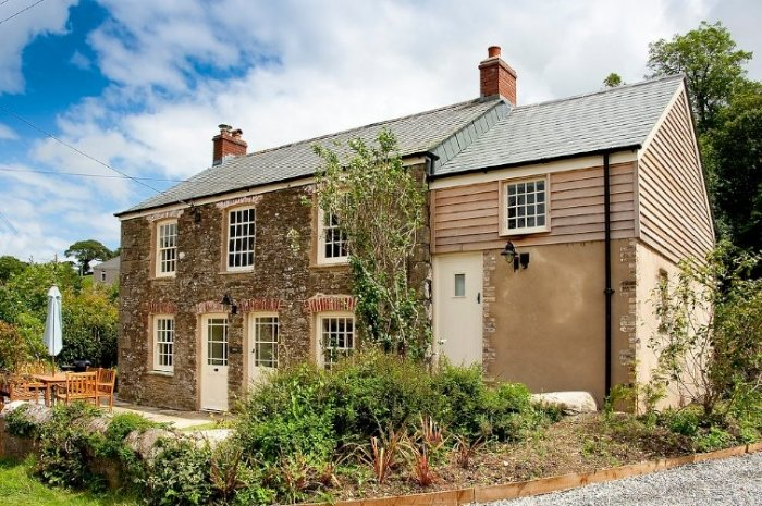 Holly Cottage, holiday rental in Penweathers