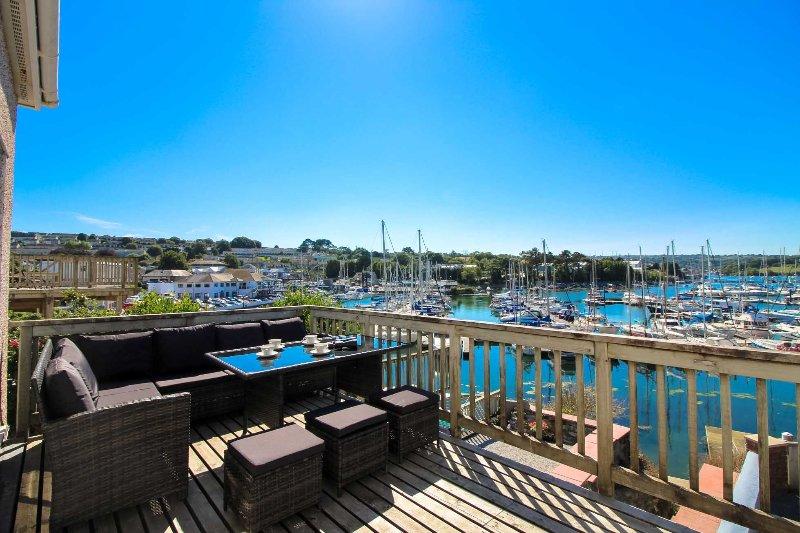 Water Side, holiday rental in Mylor Bridge