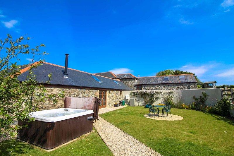 Manor Fletching, holiday rental in Gillan