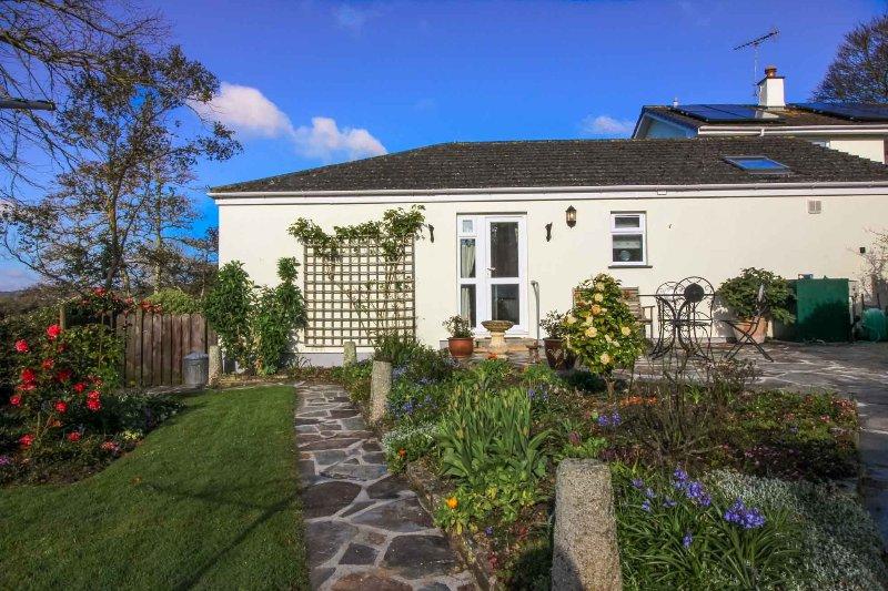 robin cottage updated 2019 holiday home in ruan lanihorne rh tripadvisor co uk