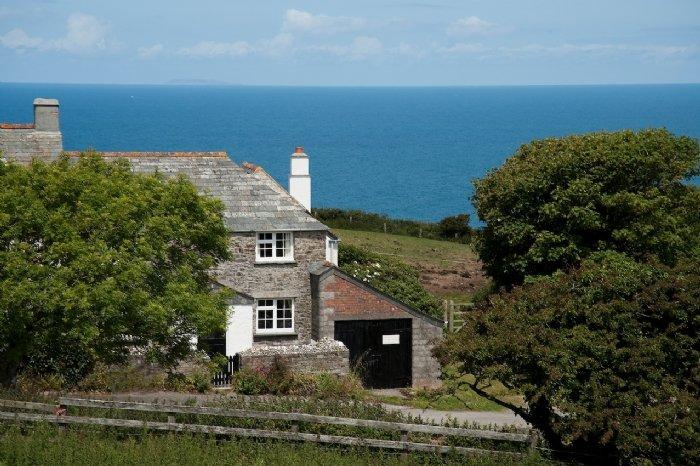 Barton Cottage, holiday rental in Crackington Haven