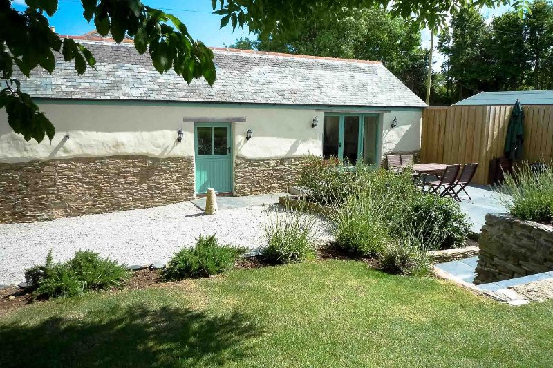 Polhendra Barn, vacation rental in Trewithian