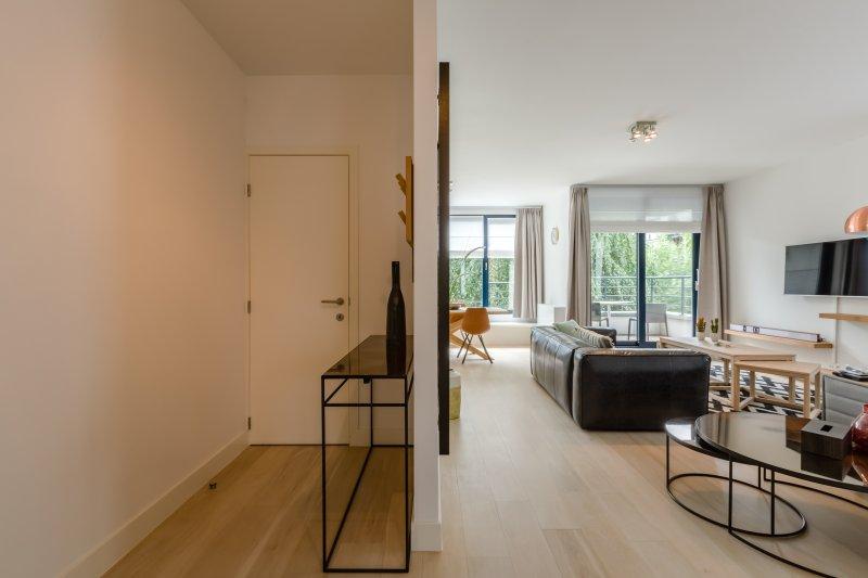 Apt 3 - Nouvel appartement élégant à Bruxelles, alquiler de vacaciones en Auderghem
