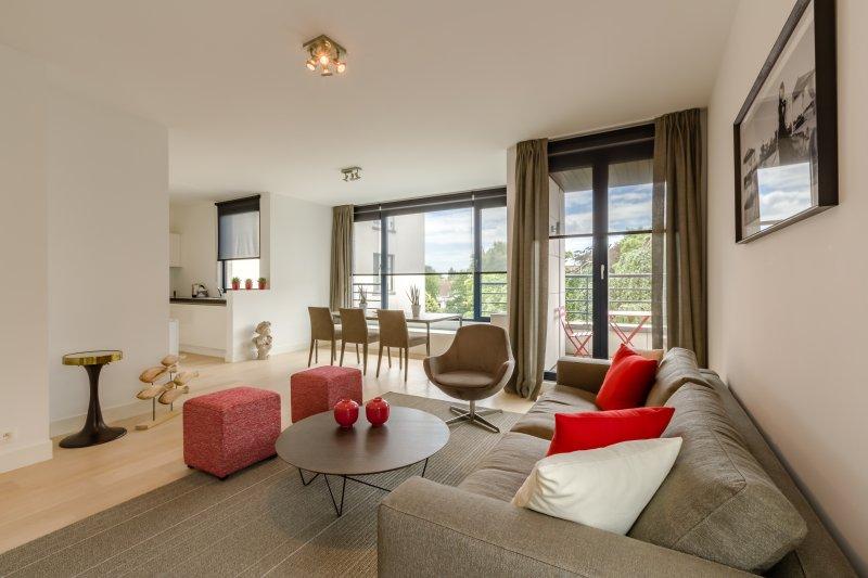 Apt 5 - Nouvel appartement élégant à Bruxelles, alquiler de vacaciones en Auderghem