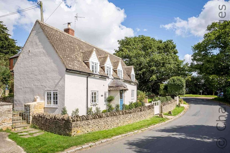 Welcome to The Thatch, a stunning cottage in the pretty Cotswold village of Todenham