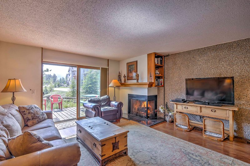 Explore the Rocky Mountains from this 3-bedroom, 4-bath vacation rental condo in Breckenridge!