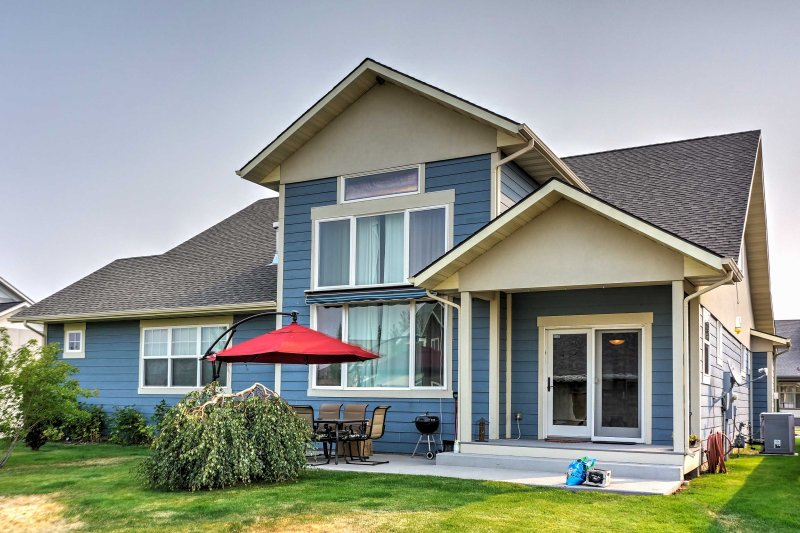 Beautiful Bozeman House - 10 Minutes to Downtown!, holiday rental in Four Corners