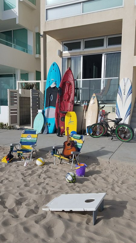 2 bikes, surfboards, stand up paddleboard (SUP), boogie boards, toys, games, all right here for you!