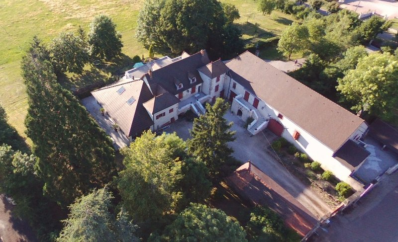 La Conciergerie du Manoir, holiday rental in Ecuisses