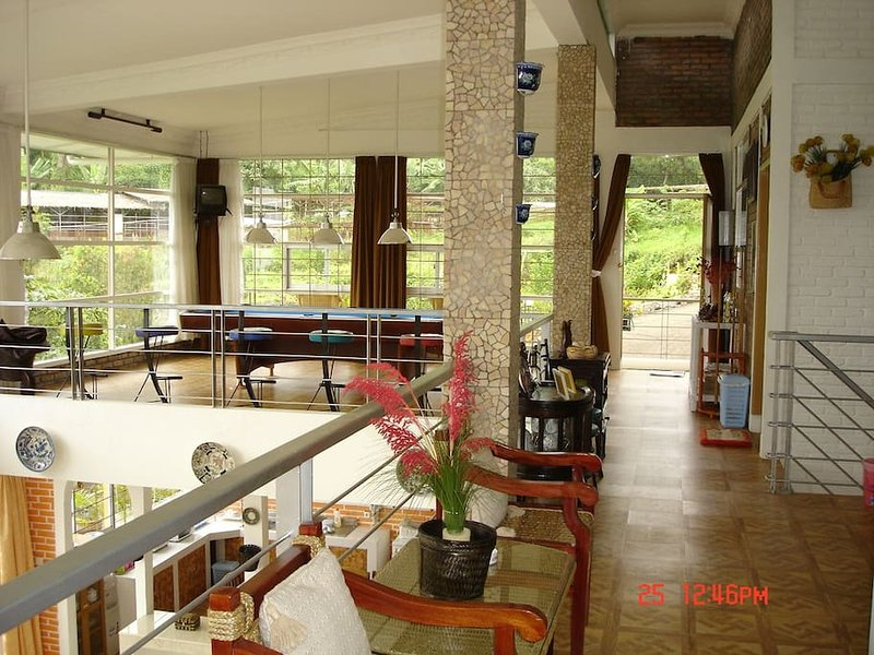 Villa Bokiko, holiday rental in Cipanas