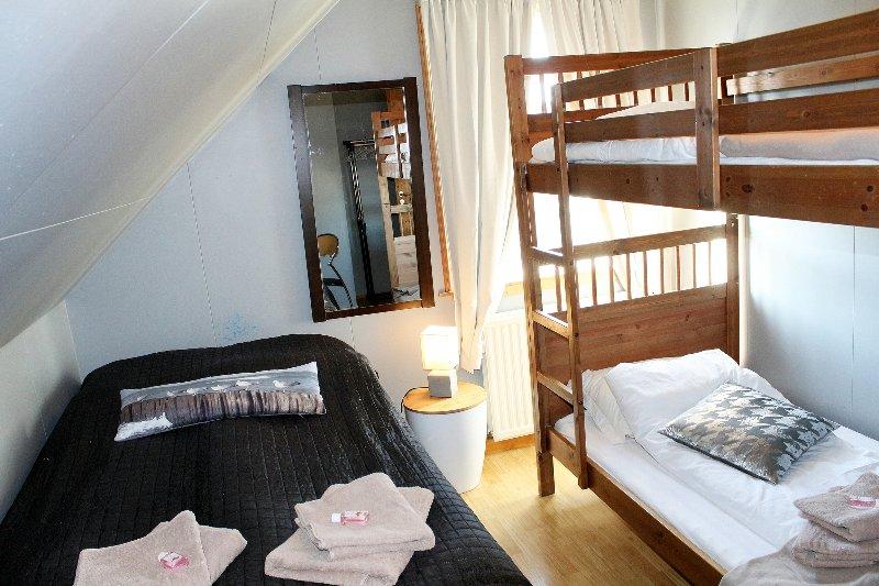 MELUR - Triple room, alquiler vacacional en Husafell