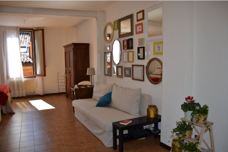 Casa Bertiera Bologna Centro, holiday rental in Monte San Pietro