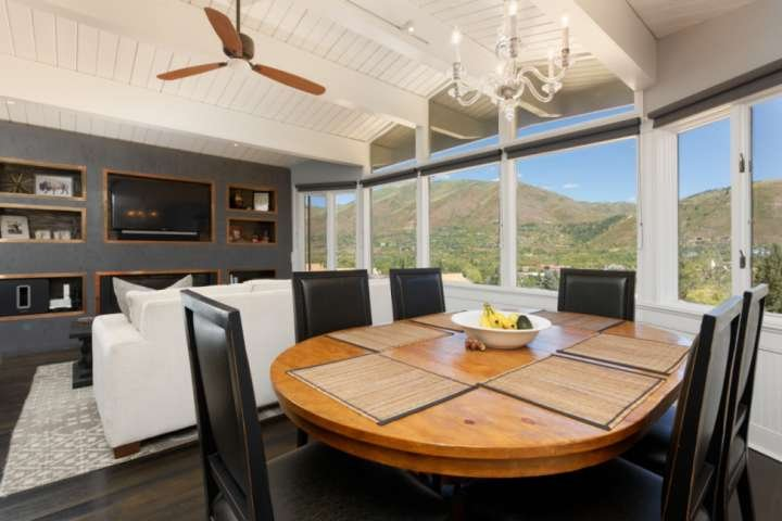 The dining table can accommodate up to 6 people.  Enjoy the view of Aspen while having a great breakfast.