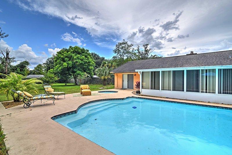 Your sunny Florida getaway begins with this 1-bathroom Longwood vacation rental studio!