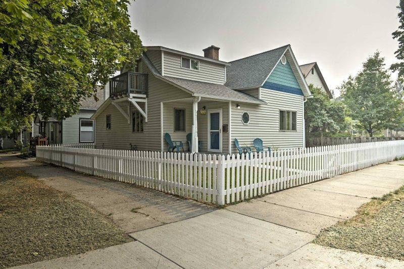 Esta casa de vacaciones de 3 dormitorios y 2 baños es perfecta para tus aventuras Kalispell