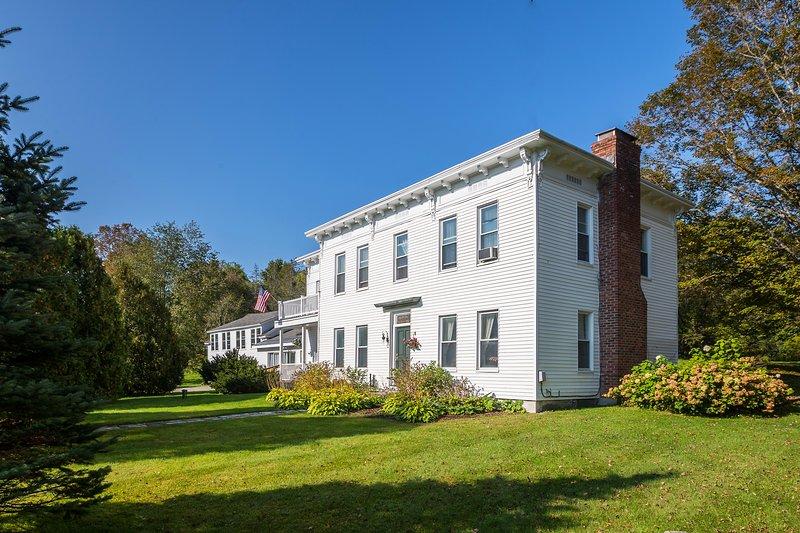 Erleben Sie Vermont wie nie zuvor in diesem historischen Haus in Manchester Center!