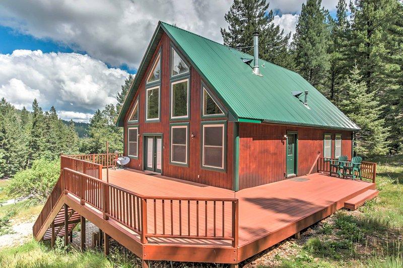 Erleben Sie das Landleben in dieser 2-Bett, 2-Bad-Hütte auf 10 Hektar!