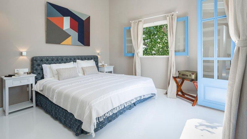 Fincaurlaub: Suite TÀPIES im Agroturismo FINCA SON MIRANDA, vacation rental in Sencelles