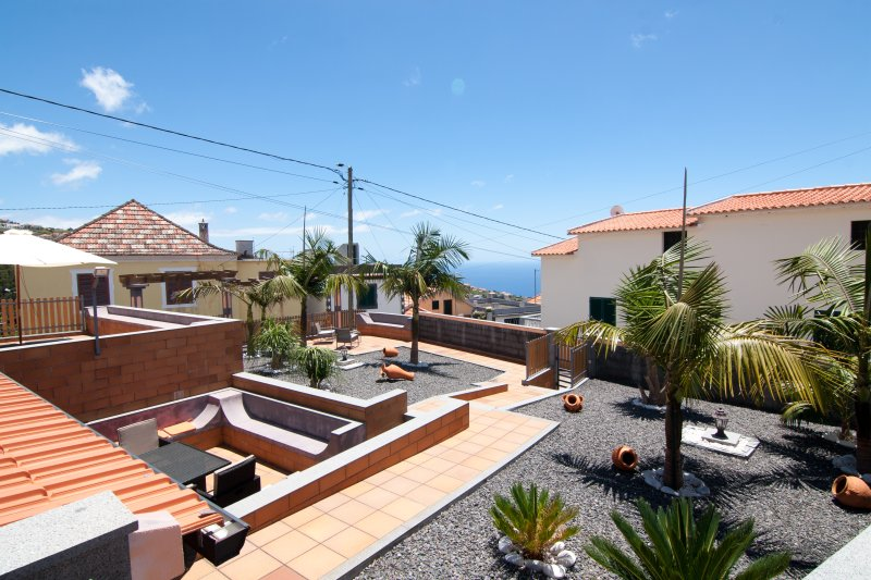 Vivenda Joao Costa 50516/AL Magnificent views, holiday rental in Estreito da Calheta