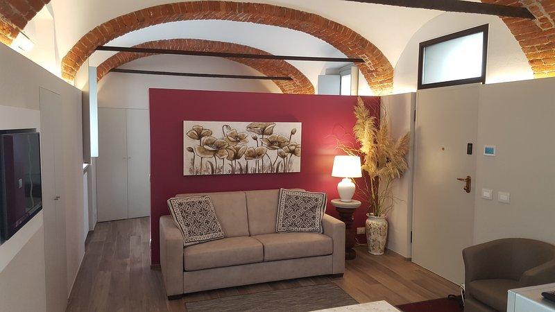 Appartamento San Giuseppe a 2 passi dal Duomo di Alba, vacation rental in Guarene