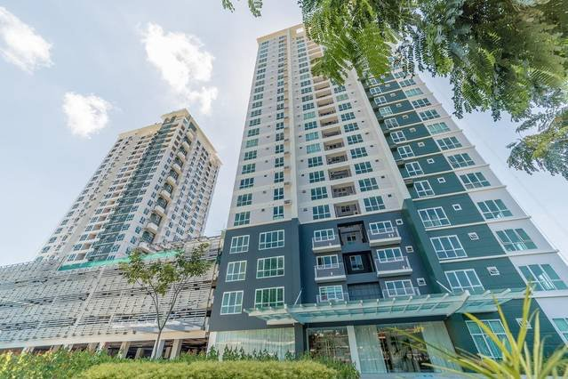Abreeza Place,1 bedroom condo / Wifi / Washer- Dryer / 2 min walk to mall, location de vacances à Davao City