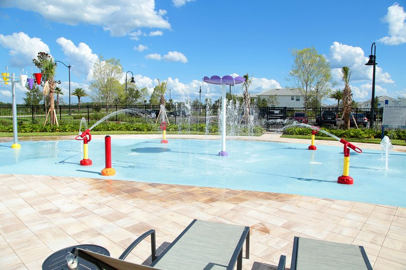 Family Friendly Four Bedroom w/ Pool 4896, vacation rental in Kissimmee