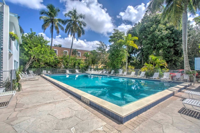 This second-floor condo offers all the comforts of home and pool access.
