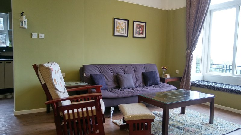 FULL LUXURY SUITE at The Umber Tea Family cottage, Cottage Kotagiri Ooty, vacation rental in The Nilgiris District
