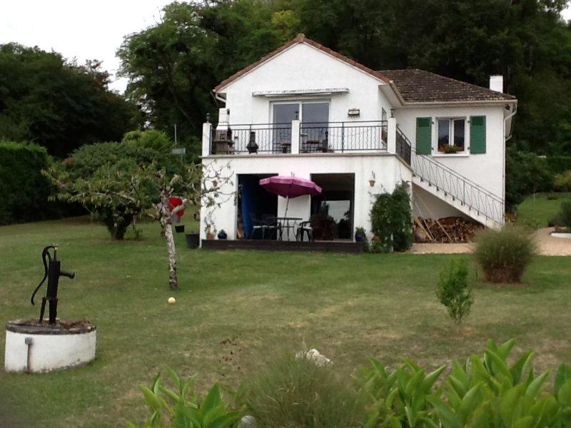 Angeline's Apartment, alquiler de vacaciones en Montmorillon