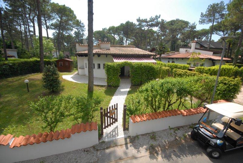 Villa Camilla, vacation rental in Lignano Pineta