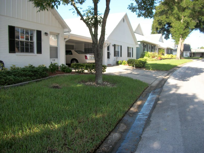single family home one level, all one family homes community, holiday rental in Trinity