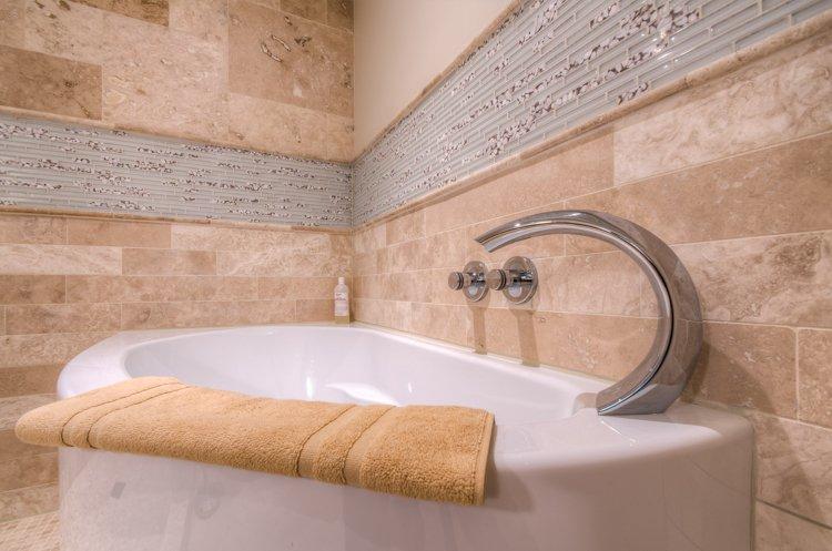 Tub detail Master Bath